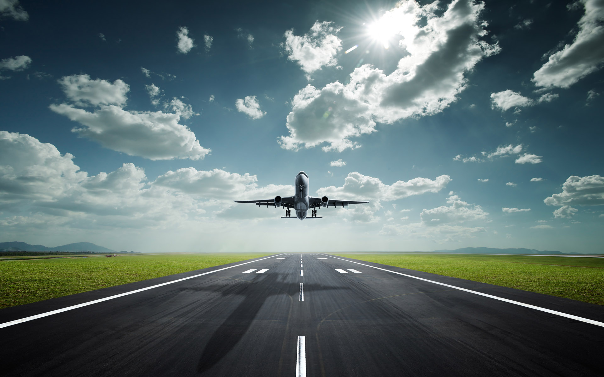 airplane-landing-wallpaper-background-5